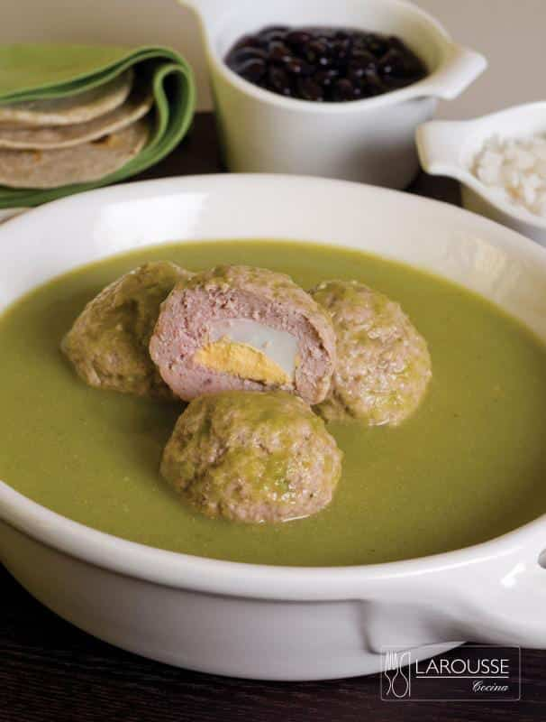 Albondigas-en-salsa-verde-001-Larousse-Cocina
