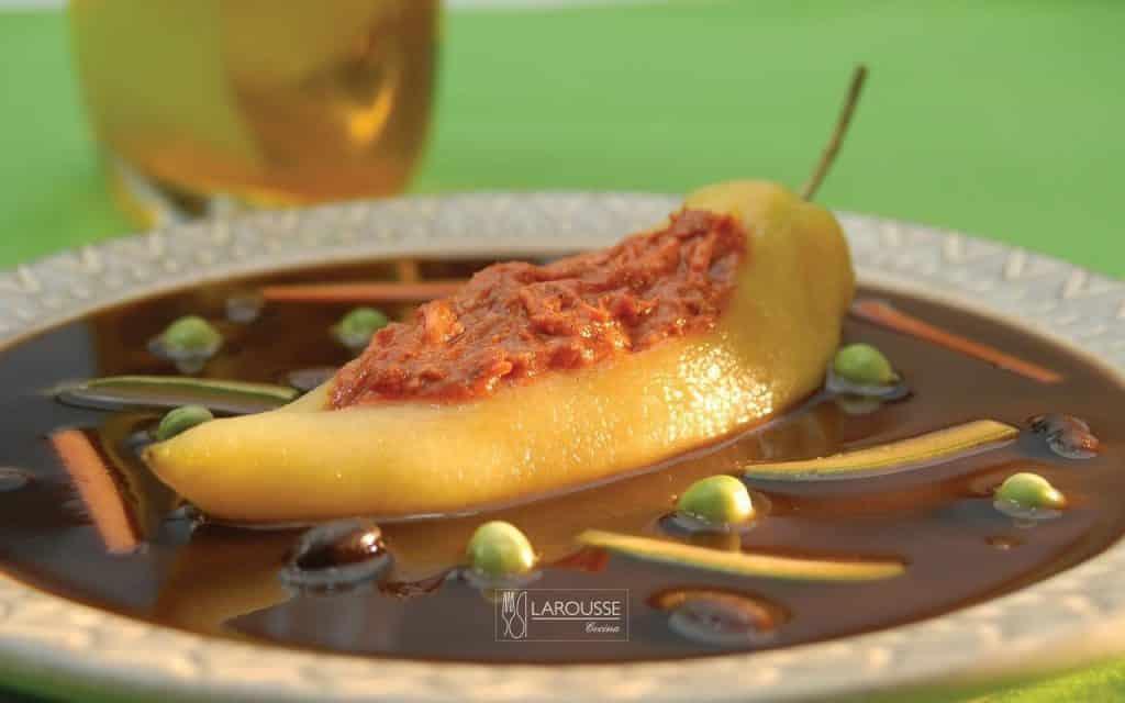 Chiles-xcatic-rellenos-de-cazon-001-Larousse-Cocina