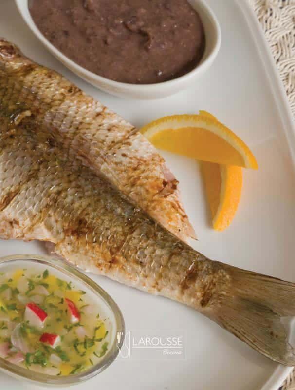 Pescado-poc-chuc-001-Larousse-Cocina