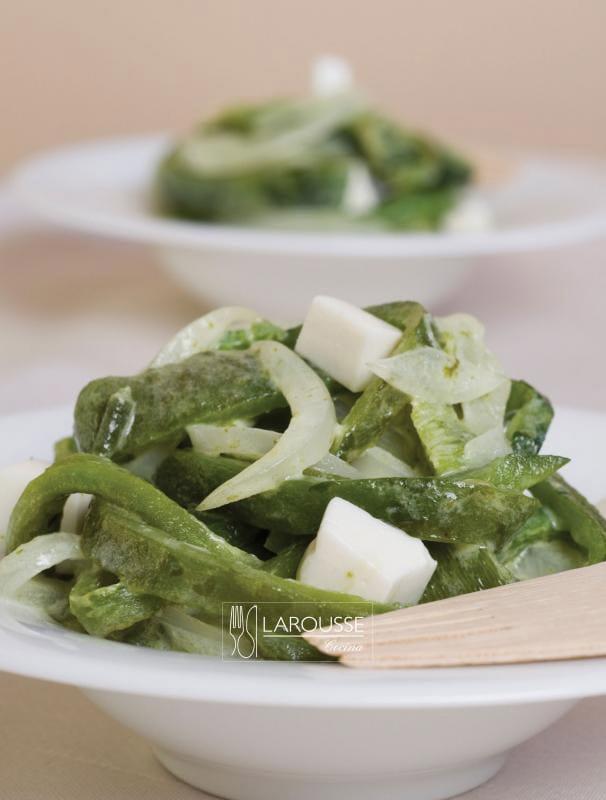 Rajas-con-crema-001-Larousse-Cocina