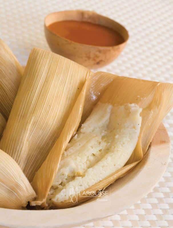 Tamales-de-nata-con-pollo-001-Larousse-Cocina