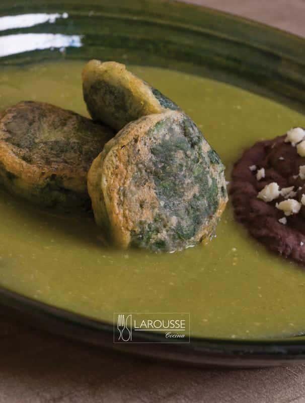 Tortitas-de-epazote-001-Larousse-Cocina