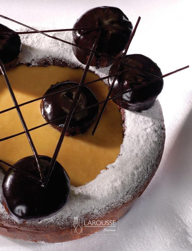 atomo-de-chocolate-001-larousse-cocina