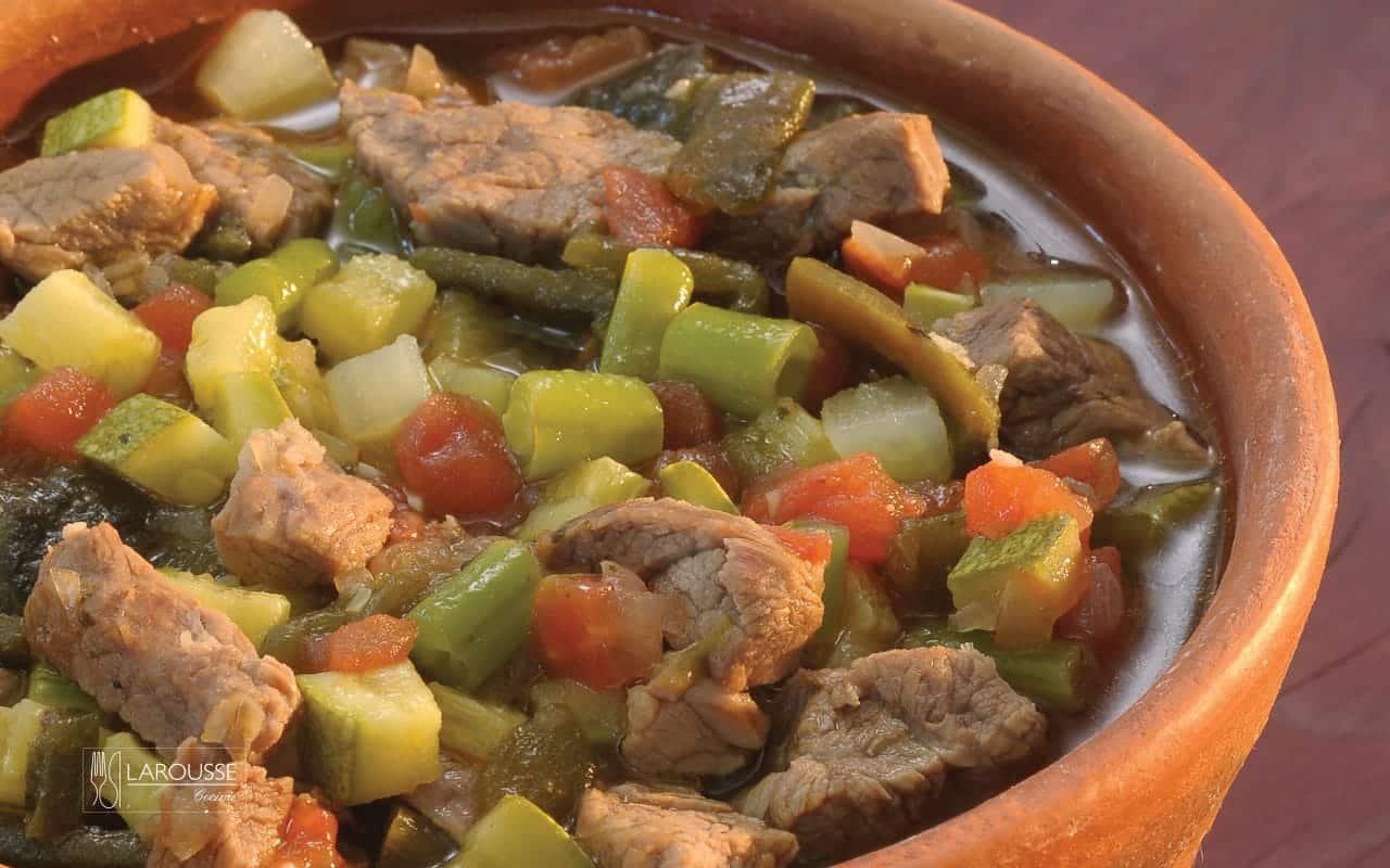 caldillo-norteno-001-larousse-cocina