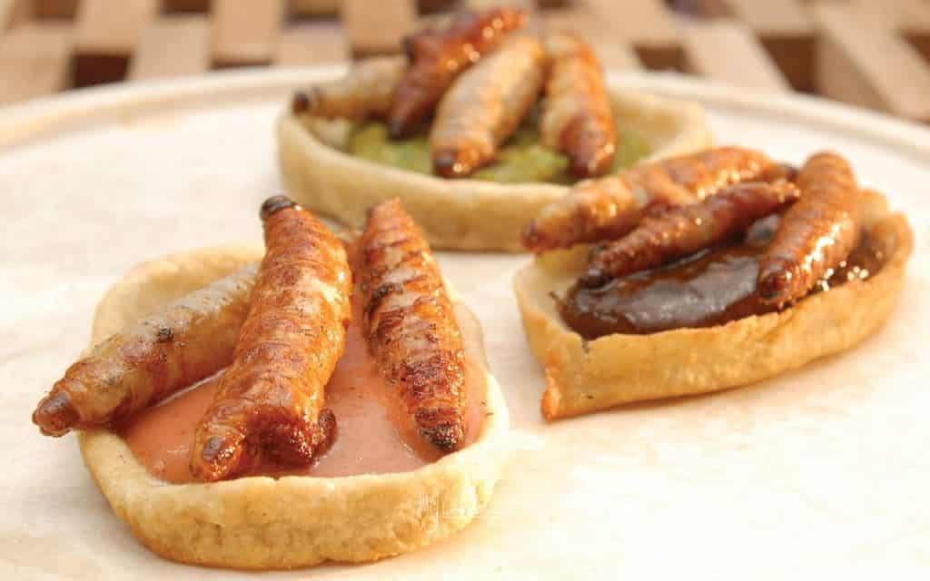 chalupitas-con-gusanos-de-maguey-001-larousse-cocina
