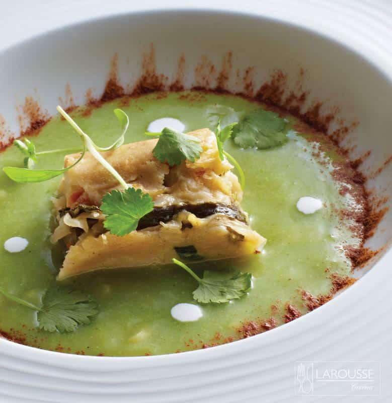 chileatole-de-habanero-y-nuez-moscada-con-tamalito-de-hoja-santa-001-larousse-cocina