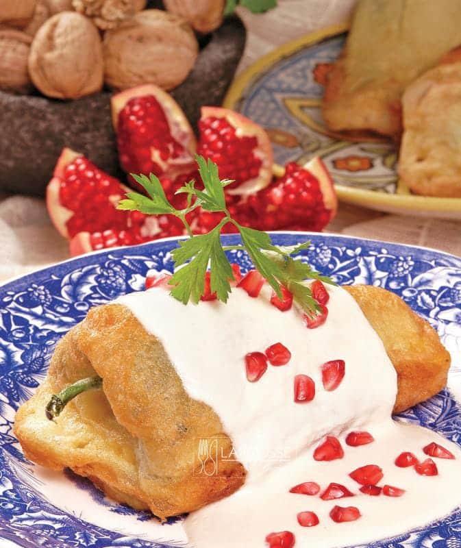 chiles-en-nogada-de-atlixco-001-larousse-cocina