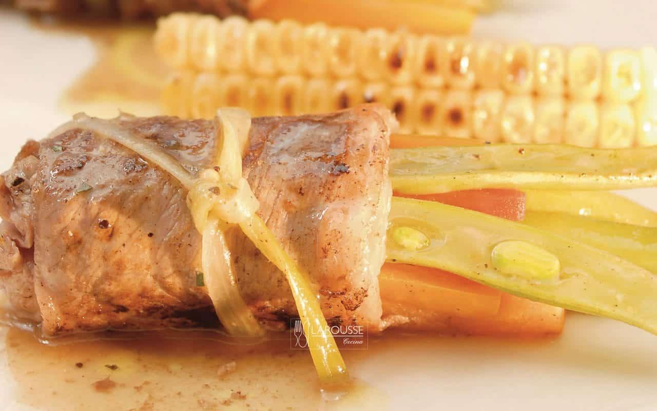 envueltos-de-carne-con-verduras-001-larousse-cocina_0