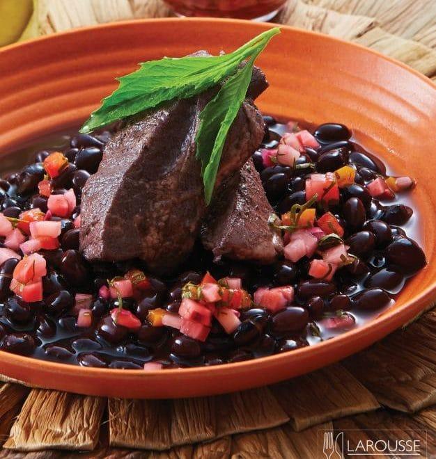 frijol-con-puerco-001-larousse-cocina_0