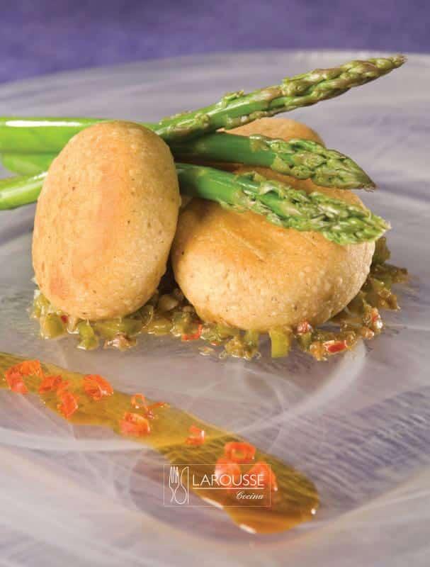 gordita-de-papa-y-bacalao-001-larousse-cocina