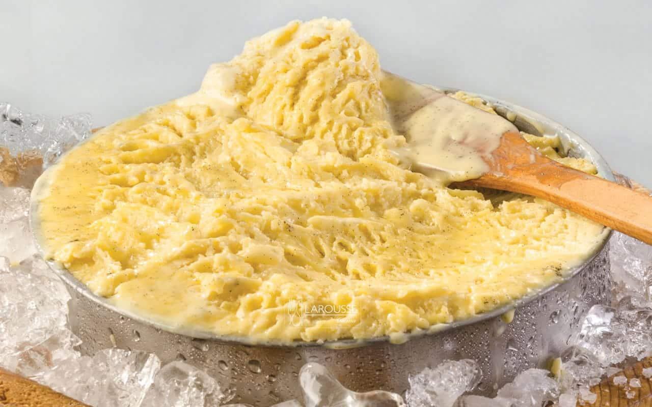 helado-de-vainilla-001-larousse-cocina