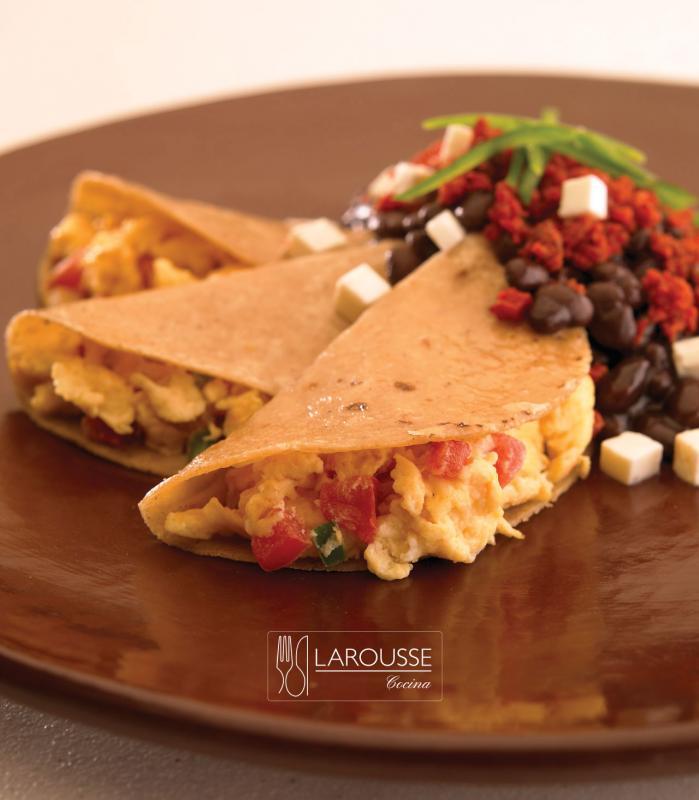 huevos-a-la-veracruzana-001-larousse-cocina_0