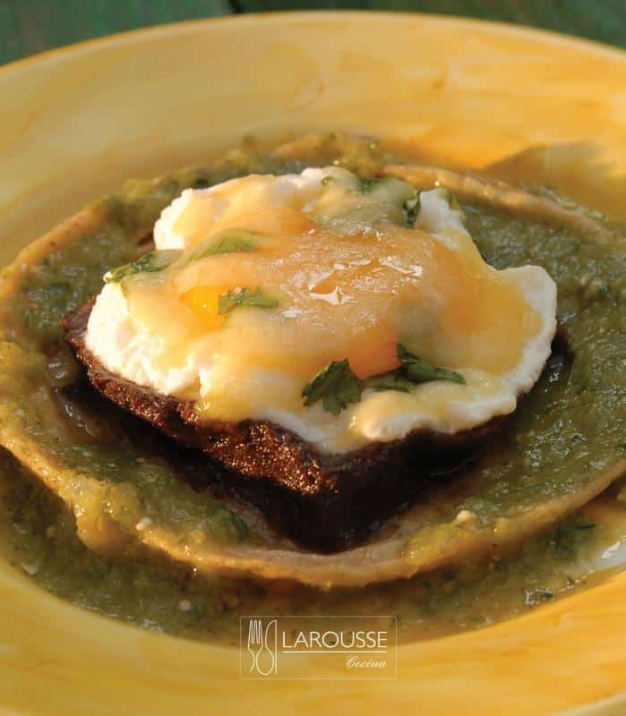 huevos-gratinados-001-larousse-cocina_0