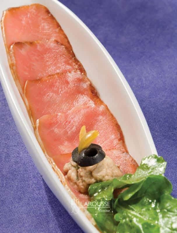 lomo-de-cerdo-kurobuta-estilo-manzanilla-001-larousse-cocina
