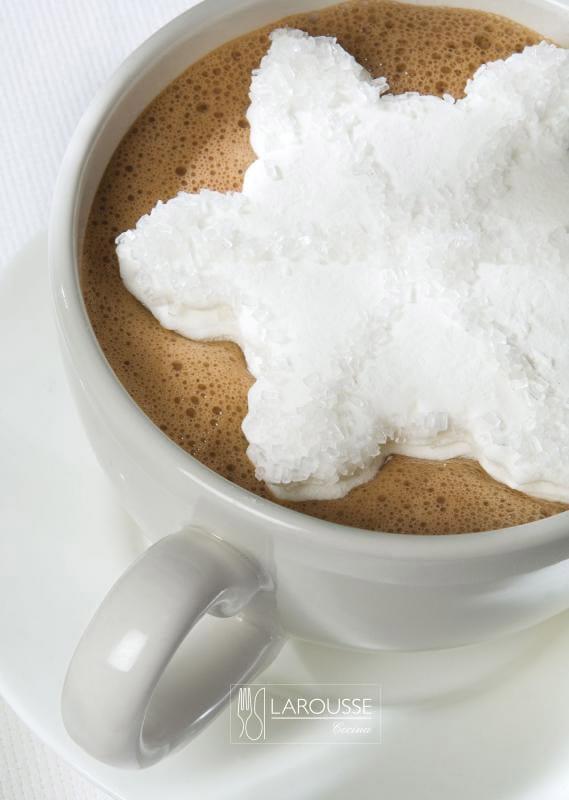 malvaviscos-y-chocolate-caliente-001-larousse-cocina