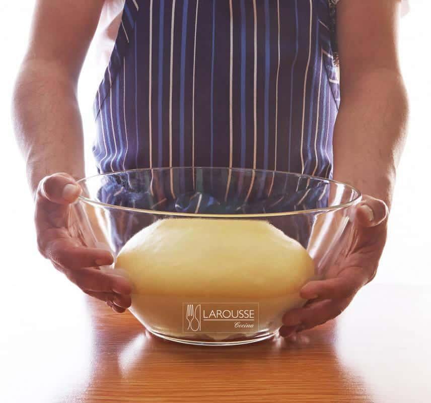 masa-de-bizcocho-001-larousse-cocina