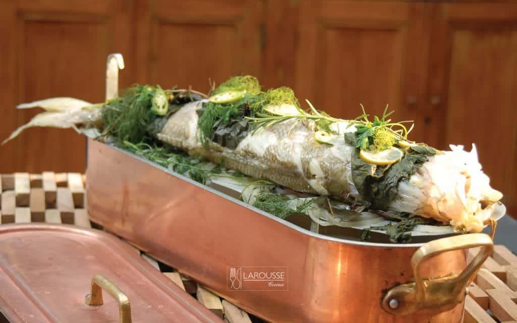 pescado-al-vapor-de-hierbas-verdes-001-larousse-cocina