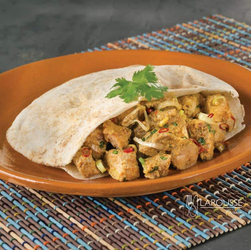 pita-con-cerdo-al-curry-001-larousse-cocina