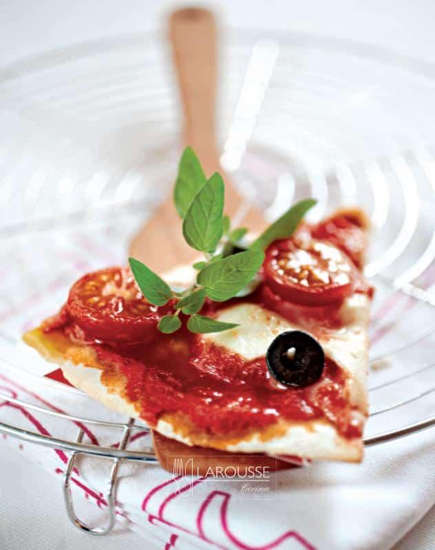 pizza-margarita-01-larousse-cocina_0