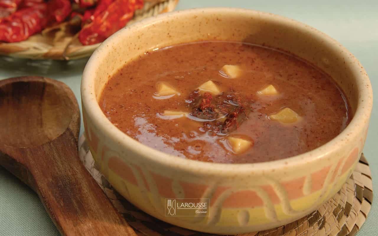 sopa-de-chapulines-001-larousse-cocina
