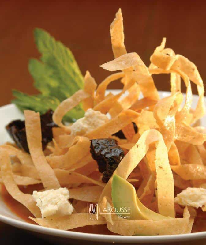 sopa-de-tortilla-001-larousse-cocina_0