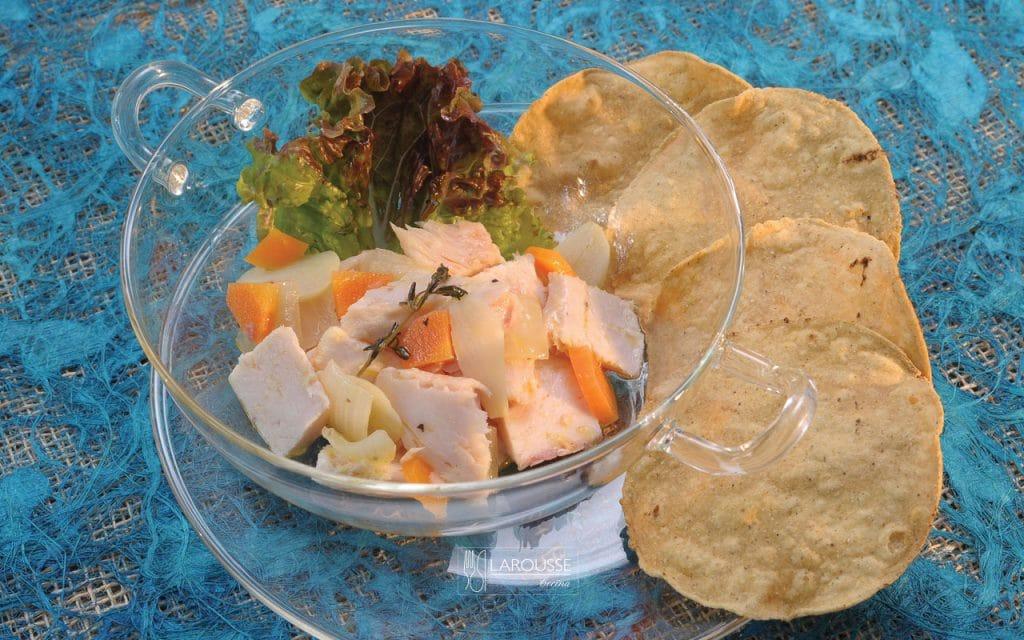 tostadas-de-trucha-en-escabeche-001-larousse-cocina