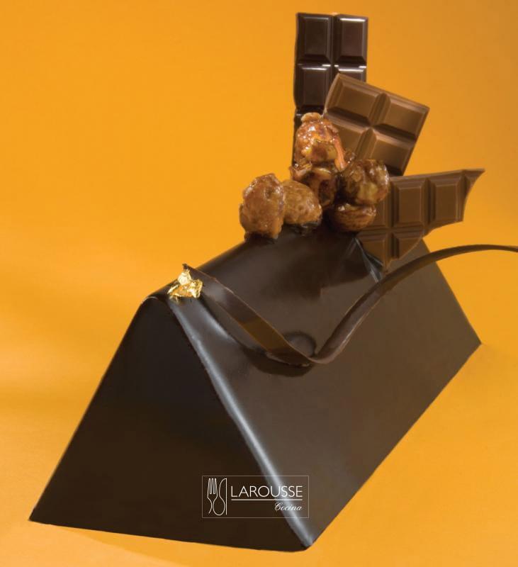 triangulo-de-praline-001-larousse-cocina