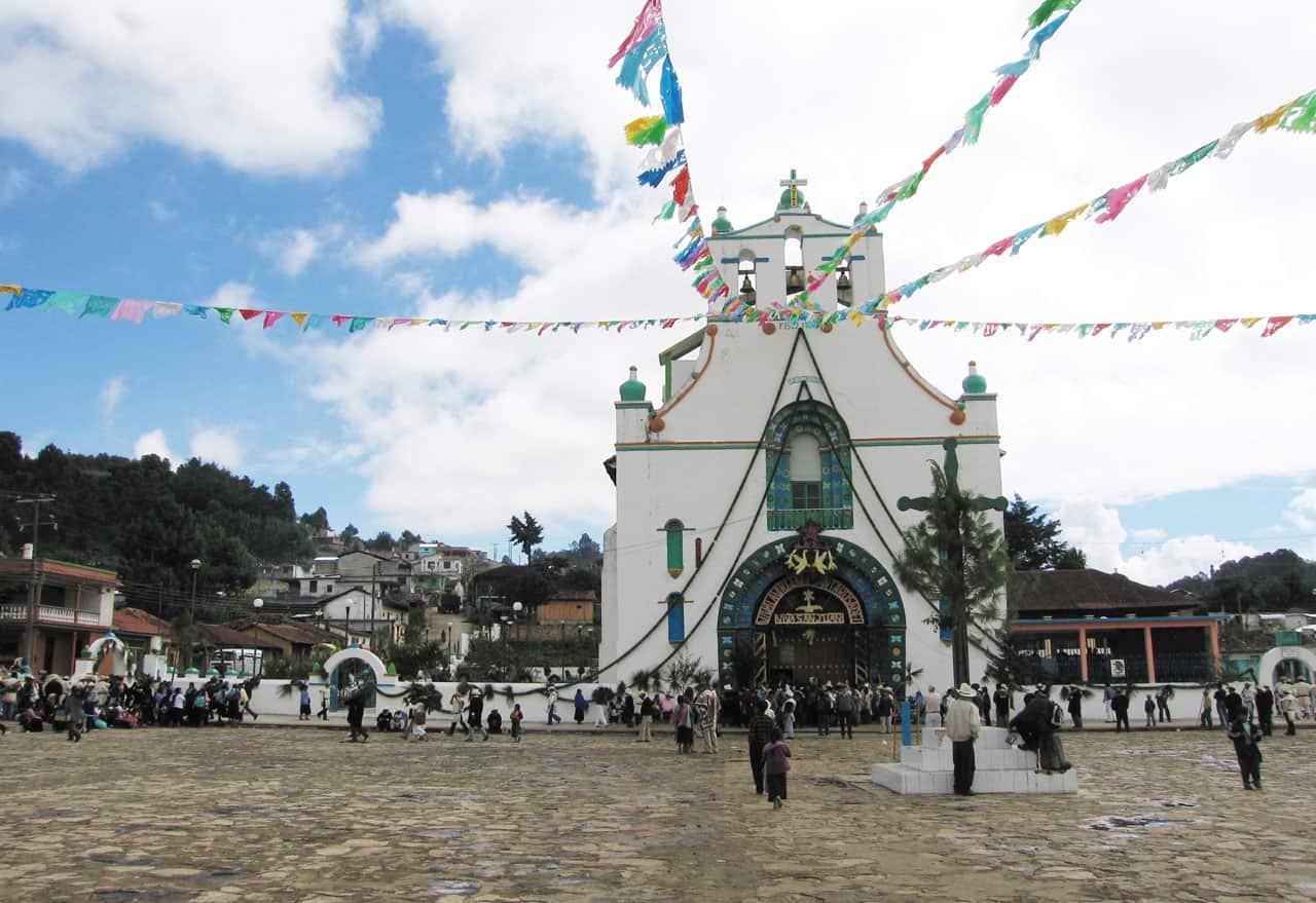 Foto: Iglesia de San Juan Chamula. © Reproducción autorizada por el INAH.