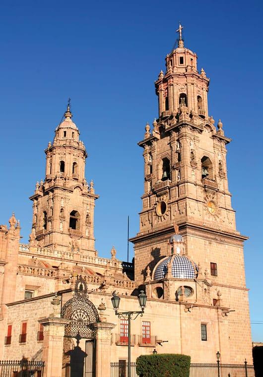 Foto: Catedral de Morelia. © Shutterstock / Reproducción autorizada por el INAH.