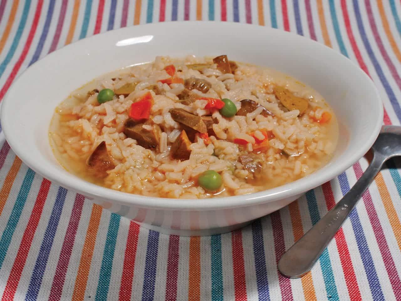 Foto: Sopa de arroz costeña. (Archivo Gráfico Larousse).