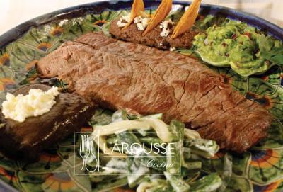 Carne a la tampique a definici n culinaria larousse cocina for Comida tradicional definicion