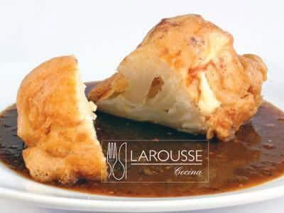 Foto: Tortitas de coliflor. (Archivo Gráfico Larousse).