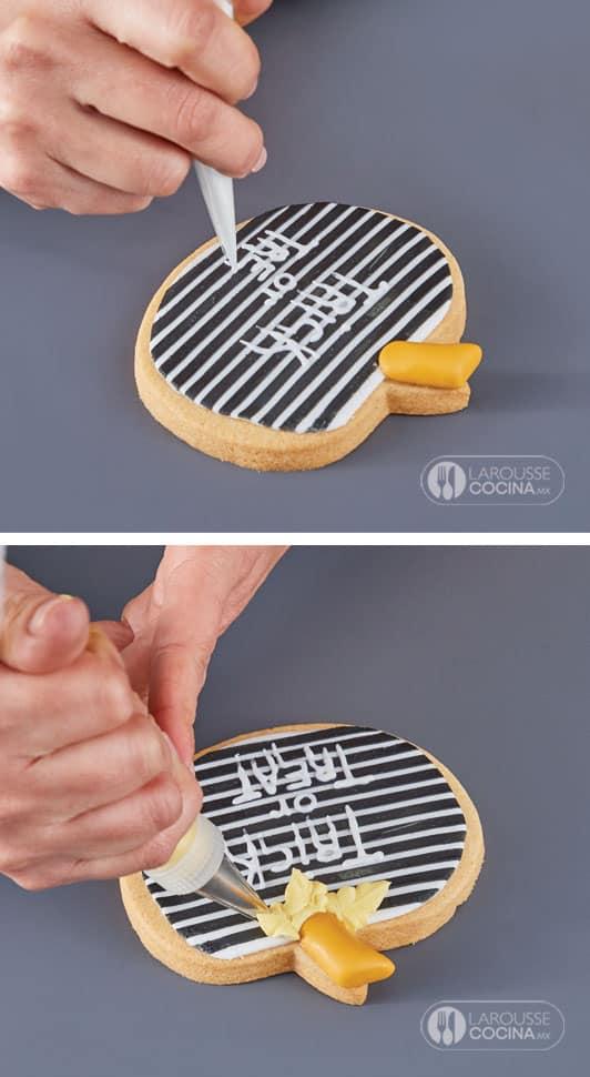 <p>Si realizó una calabaza con diseño de líneas,decórela como sigue: llene <a href=
